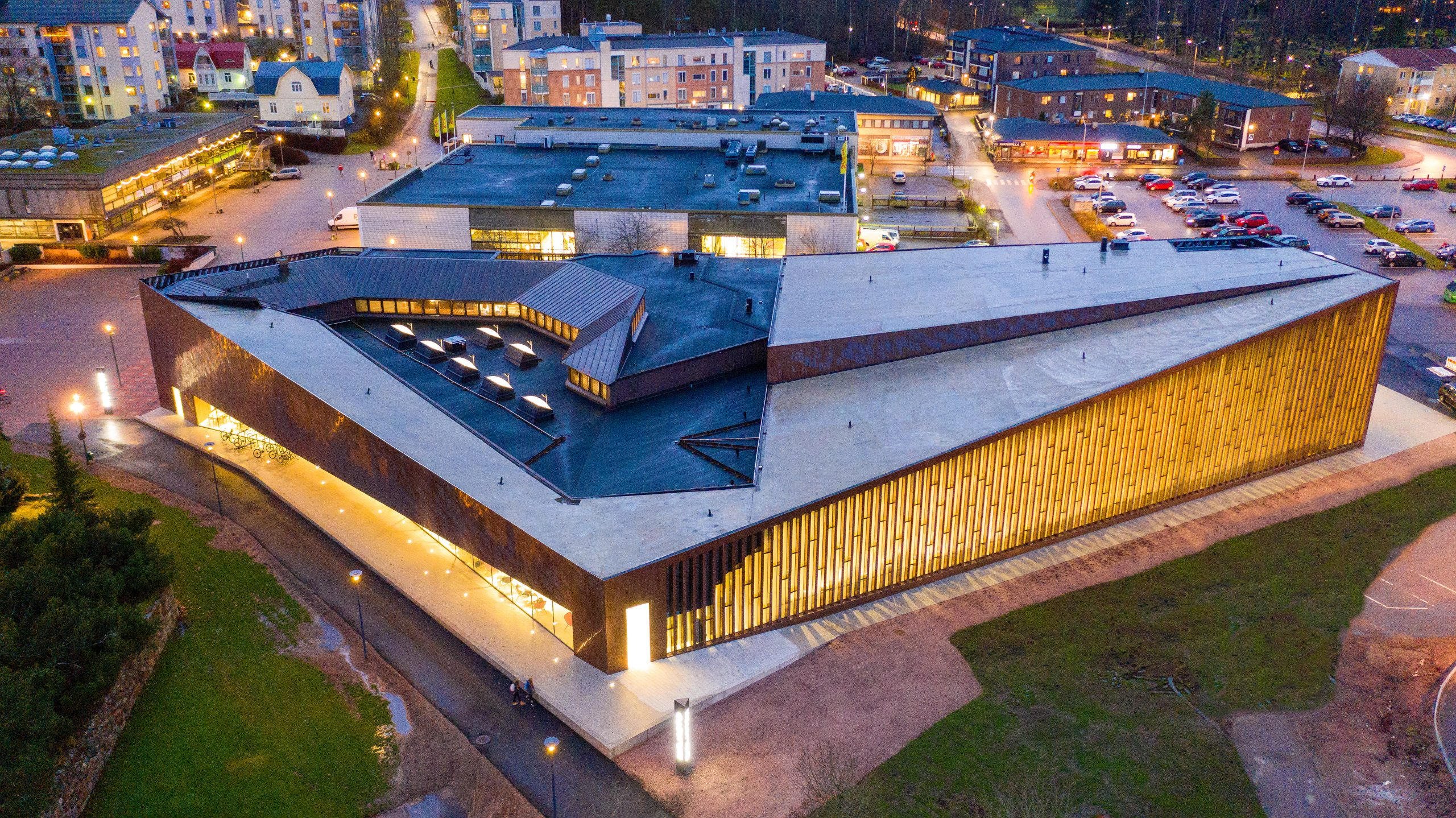 Aerial view of Kirkkonummi Library in Finland. The facades are clad from Nordic Brown Light copper.