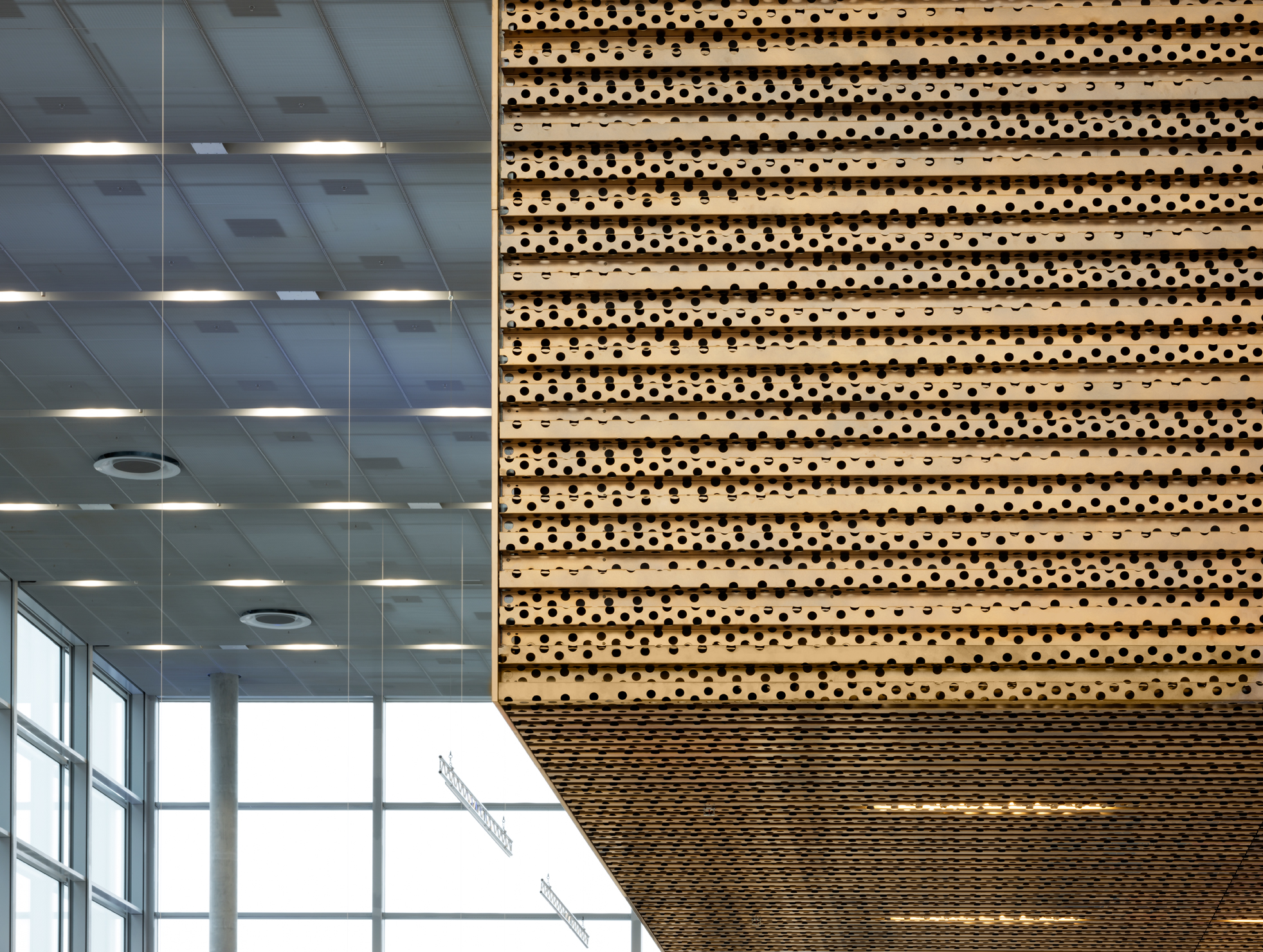 Closer view of the copper walls of the Nordic Copper building at Messe Duesseldorf. Walls are clad from Nordic Decor copper.